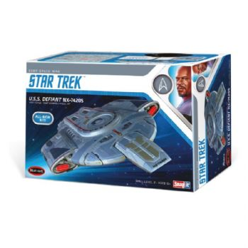 Star Trek Deep Space Nine USS Defiant 1:1000 Scale Model Kit